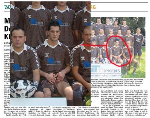 Neiko sale en el periódico con su peña de fútbol