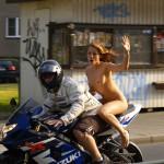 Imagen Lo que más le gusta a mi Secretaria de las motos, es esa sensación de libertad
