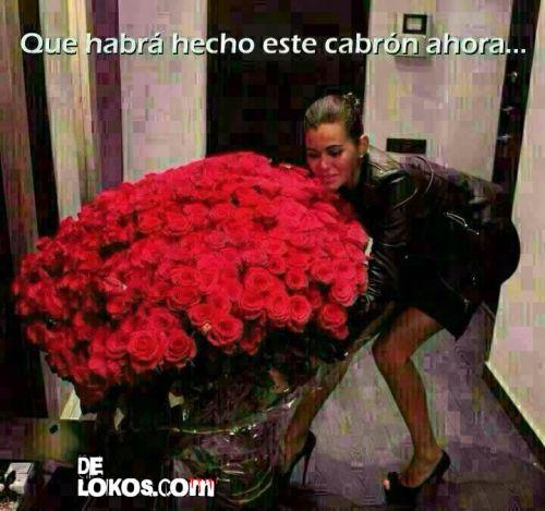 Cuando una mujer recibe una ramo de rosas....