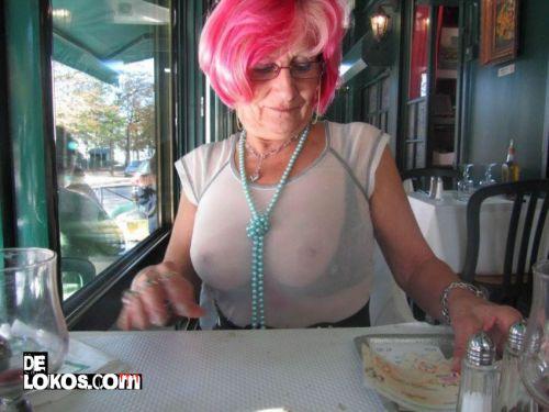 abuela porno tetas