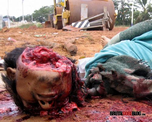 Cuerpo destrozado de trabajador mexicano