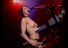 Imagen Es la hora del Rock nudista
