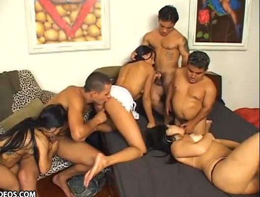 Orgia con enanos