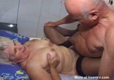 Imagen Abuelo follando con Abuela