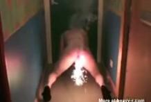 Luces de bengala en el coño y culo