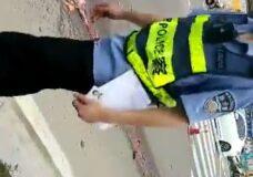 Imagen Mujer aplastada en el asfalto
