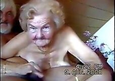 Imagen Abuela sexo chupando polla sin dientes al abuelo