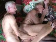 Sexo con viejos bisexuales