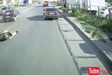 Rusia + Borracho + Scooter = Accidente