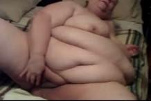Vieja obesa super gorda haciendo un show por la webcam