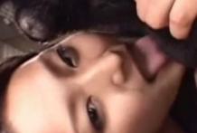 Japonesa de 18 años haciendo zoofilia