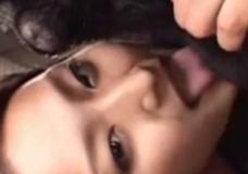 Imagen Japonesa de 18 años haciendo zoofilia