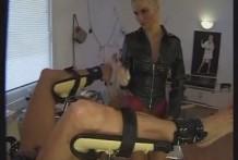 Masaje de la próstata con Mujeres Dominantes