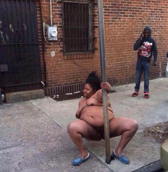 Hay una Stripper en nuestro Ghetto