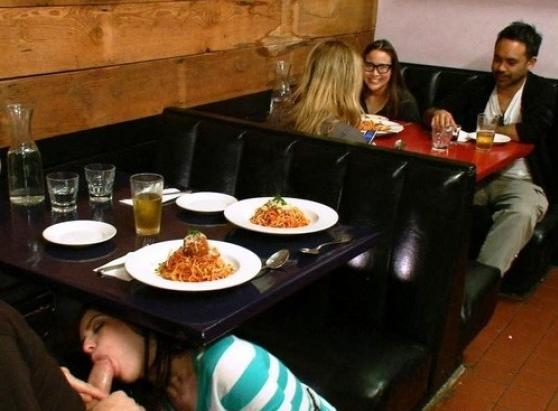 La invité a cenar a un buen restaurante
