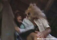 Imagen Sexo con un León, violada por animales