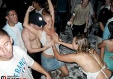 Fiesta y sexo con chicas borrachas