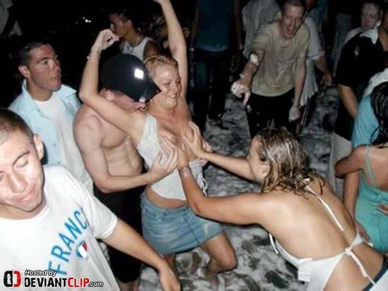 Sexo con chicas universitarias borrachas