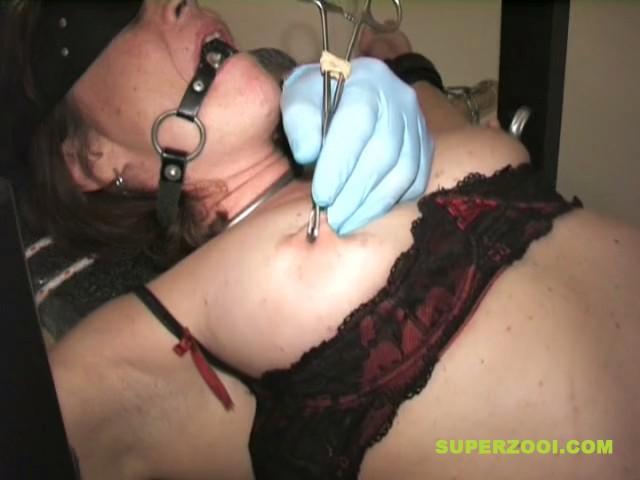 Female slave nipple torture SUPERZOOI thumb89 - Mujer hace sado para tener un orgamo con el dolor