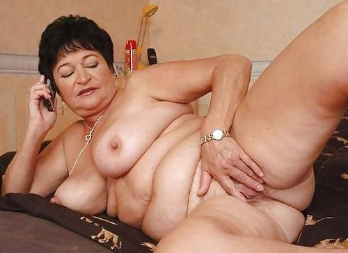 Abuelas desnudas mayores de setenta
