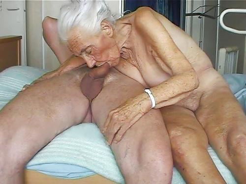 Abuela ama el sexo oral 3