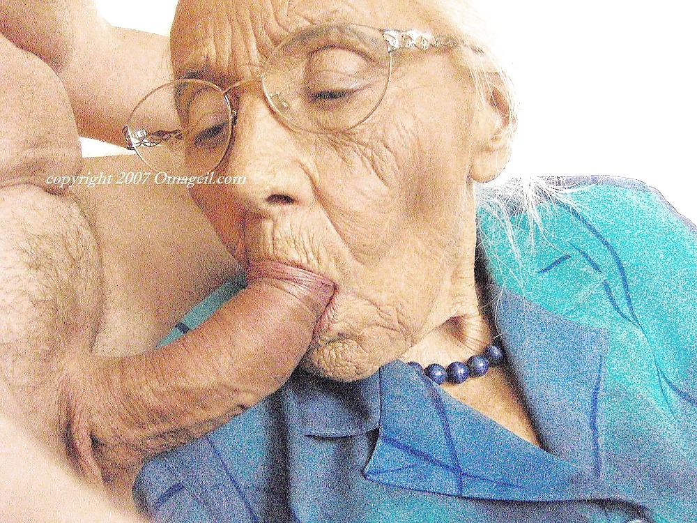 ancianas calientes chupar coño