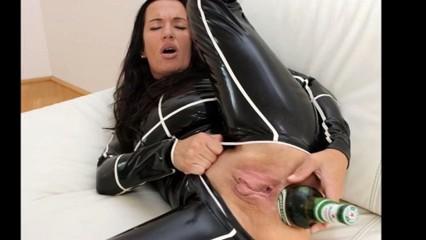Bizarras fotos de sexo en video