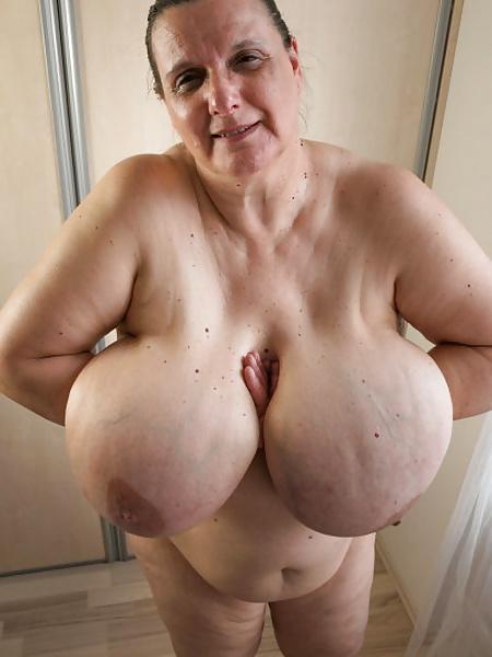Ph29 enfoque en la chica de big breasted 2