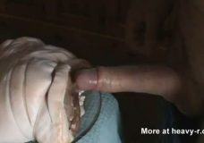 Imagen Tiene sexo con un trozo de carne de cerdo