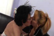 Viejas lesbianas aún quiere comerse el coño