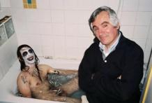 Mi padre me jode el momento de mi baño