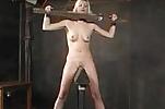 Duro castigo acaba con un buen orgasmo