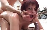 A la francesa le gusta el sexo muy cochino, cerdo y guarro