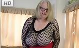Abuela fea pero con tetazas