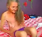 Anciana sexo en la webcam como una adolescente