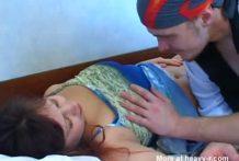 Hijo viola a su madre sin compasión