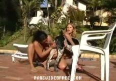 Imagen Orgia con perros y mujeres