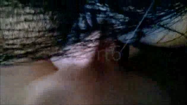 Se folla a una yegua delante de su novia