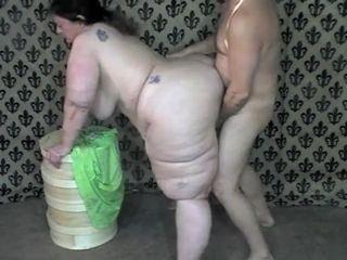 Follando el culo mas gordo del mundo thumb172 - Una mujer con el culo muy gordo