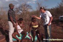 Una fuerte Orgia africana y salvaje