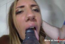 La puta necesita el castigo anal