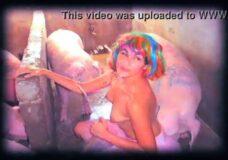 Imagen Chica Performance pone caliente a los cerdos