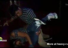 Imagen Chica borracha violada en el club