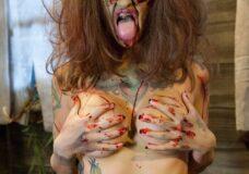 Imagen Una chica zombie para follar