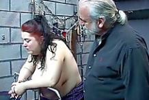 Gorda abusada sexualmente en las mazmorras