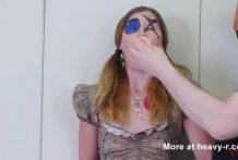 Usan a una Chica para hacer Sexo Voodoo