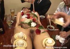 Imagen Comiendo el sushi por el coño