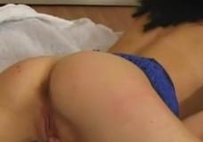 Imagen Chica guapa hace videos porno de zoofilia por dinero