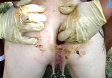 Imagen Chico busca excremento en este culo gordo y sucio