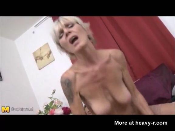 las abuelas acaban destrozadas thumb176 - Las abuelas acaban destrozadas de tanto sexo